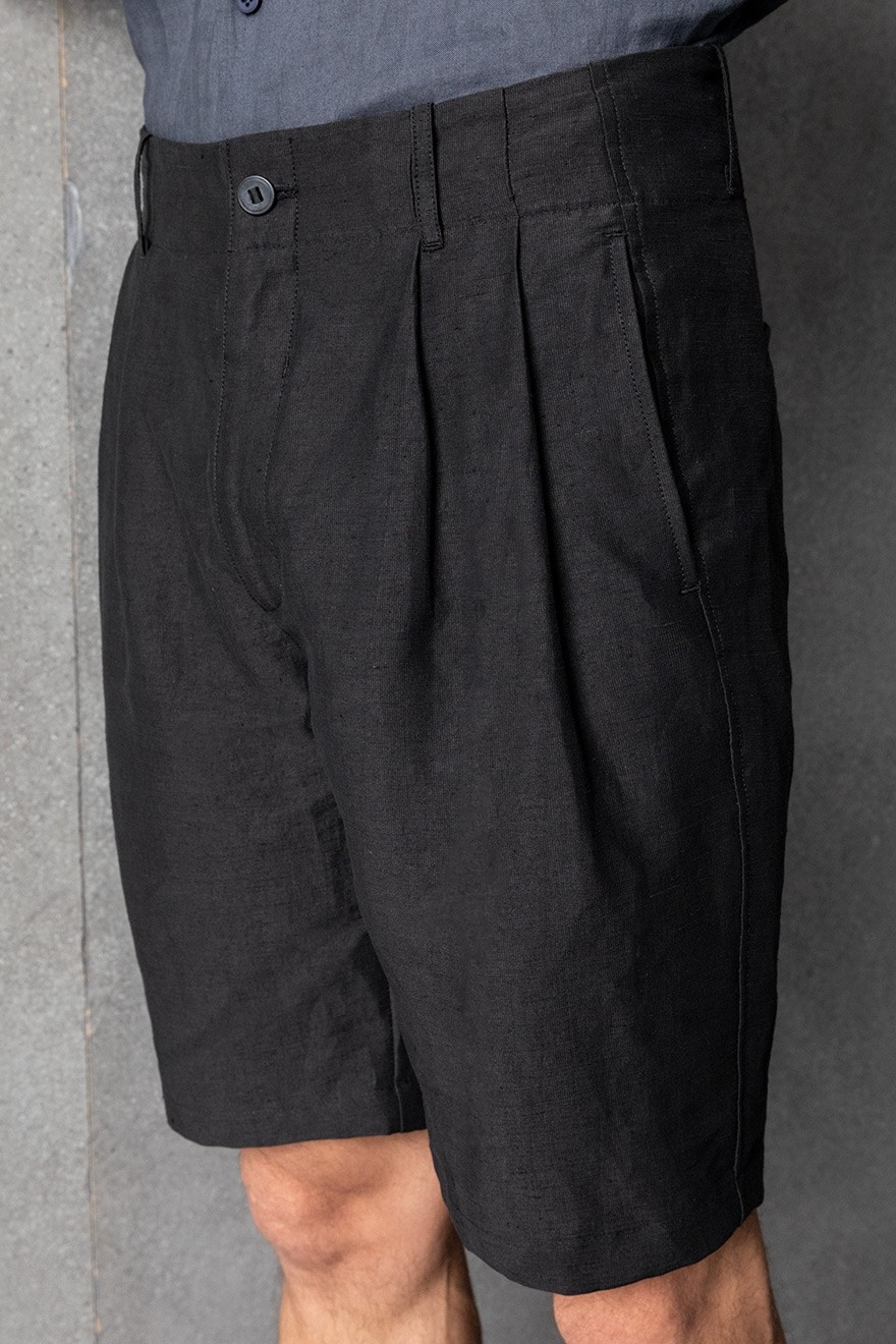 Injected Linen Pleated Shorts